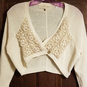 ANTHROPOLOGIE CROPPED SWEATER EMBROIDERED&GOLD NET